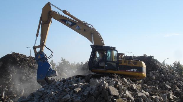 Фото гидравлическая дробилка для бетона BBH 1000 R. Рециклинг