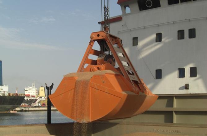5 куб.м ковш, разгрузка танкера